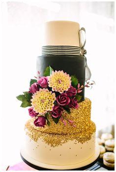 Carrington Crossing : Modern Wedding Cake : Al Gawlik Photography