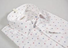 Slim fit shirt white little blue and red drawing ingram