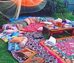 Music festival camping list electric forest 18 new Ideas Festival Camping, Festival Packing List, Festival Gear, Coachella Camping, Festival List, Festival Essentials, Hippie Party, Bohemian Party, Gypsy Party