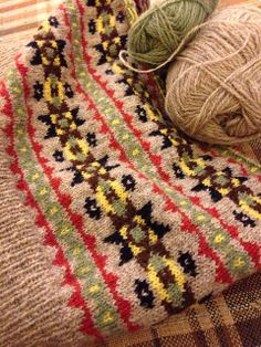 Ravelry: ByGumByGolly's Wartime Farm pullover