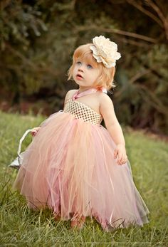 #LittleStarsOfTheWeek Cute Angle's in #Tutu costumes! Love to see their cute looks... Absolutely precious! The best part is that, they are super in highness & the girls can give a stunning attraction in the events! (Image copyrights belong to their respective owners)