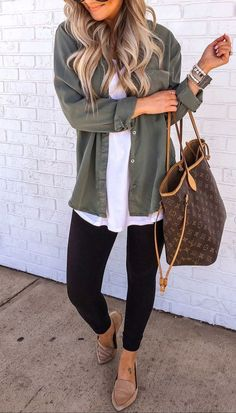 11 Casual Fall Outfits To Copy This Year - FriendWishes - Casual Winter Outfits Casual Winter Outfits, Winter Fashion Outfits, Cool Outfits, Autumn Fashion, Casual Fall Fashion, Classy School Outfits, Cute Outfits For Fall, Fall Outfit Ideas, Shop This Look Outfits