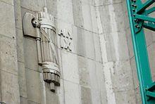 La montée du Fascisme  Faisceau sur la façade de la gare de Milan) (1930-1931)