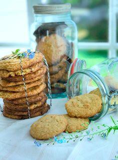 Havrekjeks er perfekt til kaffekosen, og superenkelt å lage. Brownie Cookies, Marshmallows, Amazing Cakes, Muffin, Food And Drink, Baking, Breakfast, Marshmallow, Morning Coffee