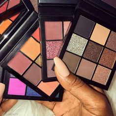 Huda Beauty comes out with the most amazing products! These obsessions mini eyeshadow palettes are just goals in every way. Huda gives us all so much makeup inspiration for new looks to create each and every day!