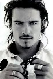 Orlando Bloom. I like him as an elf, and a pirate. I think the elfs hotter...