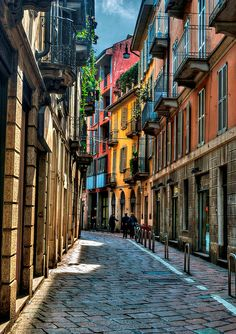 Take a stroll through the colorful streets of Milan, Italy Places Around The World, Oh The Places You'll Go, Places To Travel, Places To Visit, Around The Worlds, Travel Destinations, Milan Travel, Sierra Nevada, Portsmouth