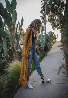 Yellow Mustard Kimono Duster - Boho Fashion - Music Festival - - Yellow Duster Kimono – Music Festival Fashion – Shabby Cottage Boho Boutique Source by Looks Boho Chic, Look Hippie Chic, Looks Hippie, Estilo Hippie Chic, Look Boho, Gypsy Style, Boho Chic Style, Modern Hippie Style, Trendy Style