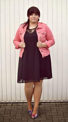 CONQUORE · The Fatshion Café | Fashion Plus Size Blog: Little Black Swing Dress