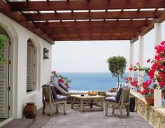 outdoor area in beach side house