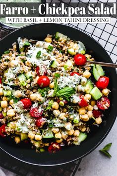 This Farro Salad recipe with basil tahini dressing & chickpeas is a delicious & nutritious salad that's perfect for meal prep. // recipes healthy Farro Recipes, Best Salad Recipes, Wine Recipes, Whole Food Recipes, Vegetarian Recipes, Healthy Recipes, Basil Recipes, Popcorn Recipes, Vegetarian Lunch