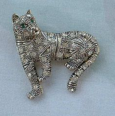 Panther Leopard Brooch Pin Rhinestones Green Eyes Figural Jewelry