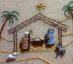 Detalle del nacimiento bordado con botones Christmas Nativity Scene, Christmas Cross, Christmas Fun, Nativity Scenes, Christmas Crafts For Gifts, Diy Christmas Ornaments, Christmas Wreaths, Button Ornaments, Felt Ornaments