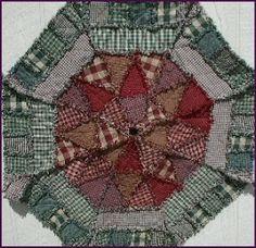 """Christmas tree skirt pattern """"Rag Quilt Design"""""""