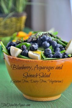 This light pretty salad packs a big punch with antioxidant-rich blueberries alkalizing asparagus and superfood spinach. Throw in 6 hard-boiled eggs to serve 6 and sweeten the dressing with stevia to taste. Spinach Salad Recipes, Healthy Salad Recipes, Gluten Free Recipes, Real Food Recipes, Vegetarian Recipes, Cooking Recipes, Zuchinni Recipes, Zoodle Recipes, Asparagus Salad
