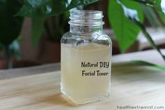 All Natural DIY Facial Toner for Acne Prone Skin - Helps minimize pores, removes oil and prevents breakouts Apple Cider Vinegar For Hair, Tea Tree Oil For Acne, Oily Skin Treatment, Minimize Pores, Homemade Skin Care, Homemade Products, Facial Toner, Acne Prone Skin, Diy
