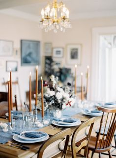 Intimate blue & metallic wedding inspiration