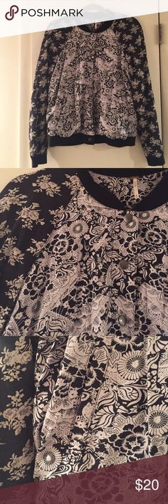 Free People Printed Bomber Jacket Adorable mixed print Free People bomber jacket. Snap closure, banded at wrist cuffs and waist. Like New Condition! Free People Jackets & Coats