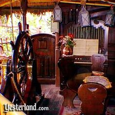 The elegant furnishings in the Swiss Family Robinson Treehouse, Disneyland. I wanted to live in this treehouse!