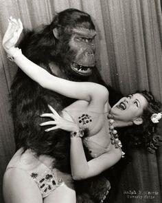 Yvonne De Carlo 1940s