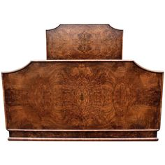 Antiques Quality Walnut 1930s Carved Standard Double Bed Arts And Crafts Pretty And Colorful Edwardian (1901-1910)