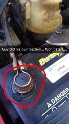 Customer installed his own battery.and other car fails --yeah! Take the cap off and charge him a 100 for being stupid Truck Memes, Car Jokes, Funny Car Memes, Car Humor, Funny Fails, Funny Golf, Hilarious, Funny Images, Funny Pictures