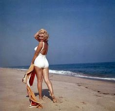 Marilyn Monroe Dead Body | Leaving you all on a more positive upbeat note – Marilyn Monroe is ...