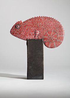 Ute Großmann - caméléon. Céramiste allemande née en 1960 à Dresde. Beaucoup de talent