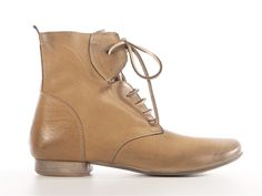 Tanned vintage lace up ankle boots