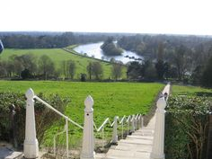 The top of Richmond Hill is one of the best places to see the Thames and enjoy a pint. Richmond Surrey, Richmond London, Richmond Upon Thames, Richmond Park, Richmond Hill, Pembroke Lodge, London View, London Places, River Thames