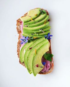 I stepped outside my oatmeal comfort zone amd found love  avo-bread with a beetroot-cashew spread