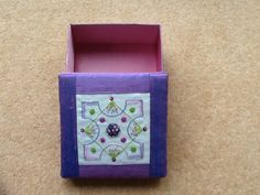 Knot garden embroidered box