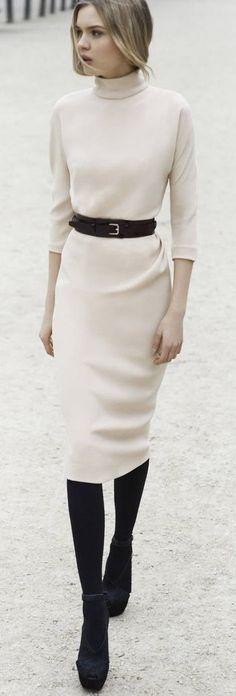 Christian Dior - elegant simplicity.
