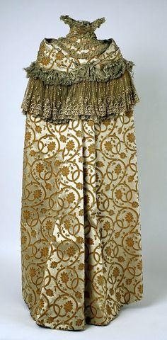 Cape, Opera.  House of Worth(French, 1858–1956).  Date: ca. 1899. Culture: French. Medium: silk.