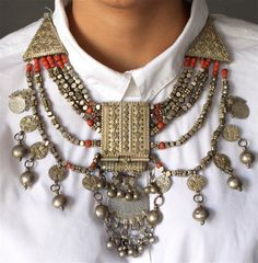 Check out this item in my Etsy shop https://www.etsy.com/listing/160849115/free-shippingyemeni-silver-handmade
