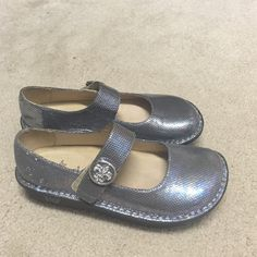 Mary Janes Silver Alegria Mary Janes. These shoes are in excellent condition not worn very much. Alegria Shoes Mules & Clogs