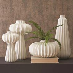 Lithos Vase Collection — Domani Home Tall Vases, White Vases, Large Vases, Tree Furniture, Cabin Furniture, Western Furniture, Vintage Furniture, Clay Vase, Vase Shapes
