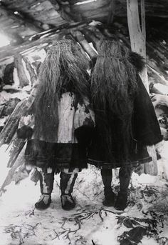 splattergut:  Koryak girls wearing grass masks, Siberia, 1900 - amnh.org