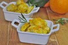 i bocconcini di pollo arancia e rosmarino è un secondo che si prepara in dieci minuti, l'arancia e il rosmarino si abbinano molto bene e lo rendono saporito