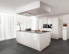 Kookeiland Wit Hoogglans : Eiland keuken in wit hoogglans lak eiken basalt showroomkeukens