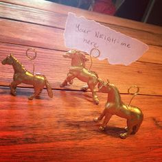 Primitive & Proper: Dare to DIY Entertain: DIY Gold Horse Place Card Holders on a Christmas Tablescape