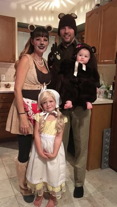 Goldie Locks and the Three Bears. Bear Halloween, Pirate Halloween Costumes, Couple Halloween Costumes For Adults, Homemade Halloween Costumes, Fancy Costumes, Halloween Party, Couple Costumes, Halloween 2018, Adult Costumes