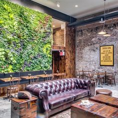 Williamsburg café to serve 'Colombia's freshest beans' thanks to Fed-Ex supply line... http://www.we-heart.com/2015/04/09/botica-del-cafe-williamsburg-devocion-brooklyn/