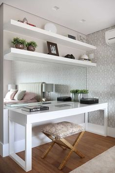 Ideas home office quarto casal pequeno for 2019 Home Office Design, Home Office Decor, Home Interior Design, Design Offices, Vanity Desk, Vanity Tables, Makeup Table Vanity, Vanity Area, Bedroom Desk