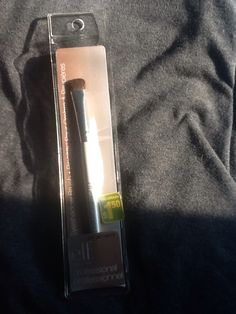E.L.F. Professional  Eyeshadow brush. Brand new. Asking $1.00