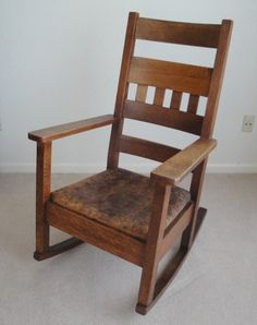 Mission Arts and Crafts Style Rocking Chair Arts And Crafts Furniture, Furniture Projects, Mission Style Homes, Rock Ranch, Mission Style Furniture, Art Nouveau, Art Deco, Craftsman Furniture, Mission Oak