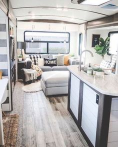 Cool Campers, Rv Campers, Camper Trailers, Travel Trailers, Camper Life, Rv Life, Caravan, Decorating Your Rv, Decorating Ideas