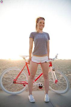 Mira estas Chicas montando Bici [+5 si te gusta alguna] - Taringa!