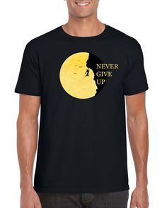 Men's funny T-shirt - Never Give Up Mountaineer