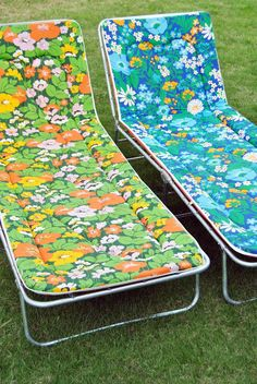 lazy summer in the Mid Century Art, Mid Century Style, Power Colors, Lawn Furniture, Happy Hippie, Vintage Sheets, Retro Aesthetic, House On Wheels, Sweet Memories